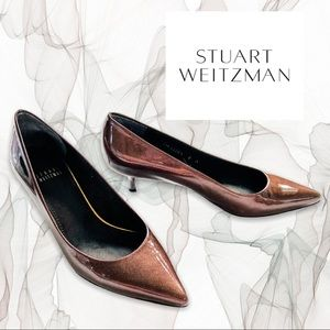 Stuart Weitzman patent leather pointed toe kitten